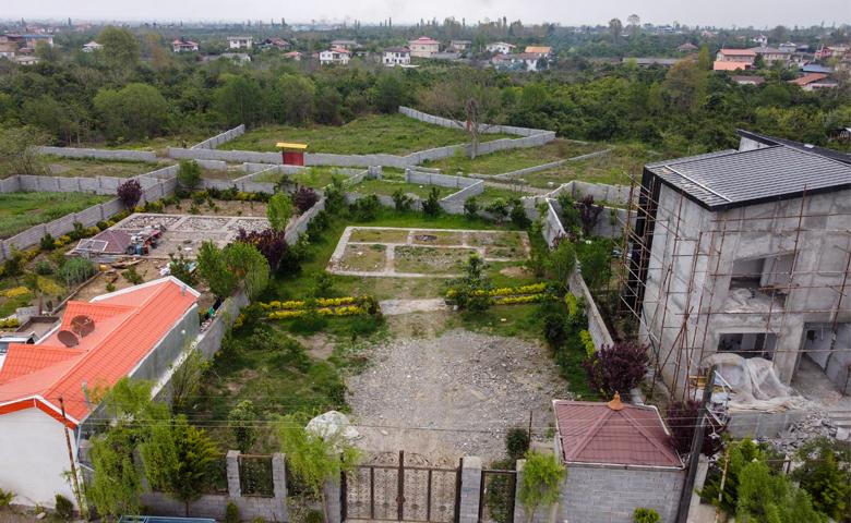 تصویر زمین مسکونی در منطقه دنج و آرام